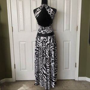 Stunning black and white backless evening dress